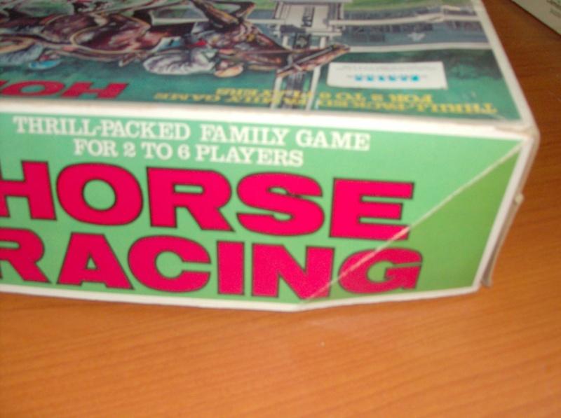 Giocattoli vecchi anni 50 60 70 Horse Racing 1979 corsa di cavalli usata ma funzionante  Hpim5417