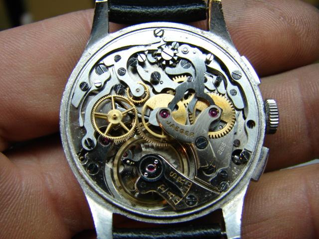 chronographe jaeger  Dsc06525
