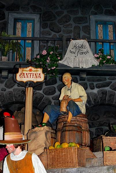 Un séjour plein de surprises à Disneyland Paris (Hotel New York 3j/2n) - Page 12 Disne285