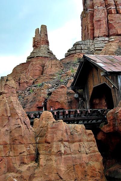 Un séjour plein de surprises à Disneyland Paris (Hotel New York 3j/2n) - Page 12 Disne328