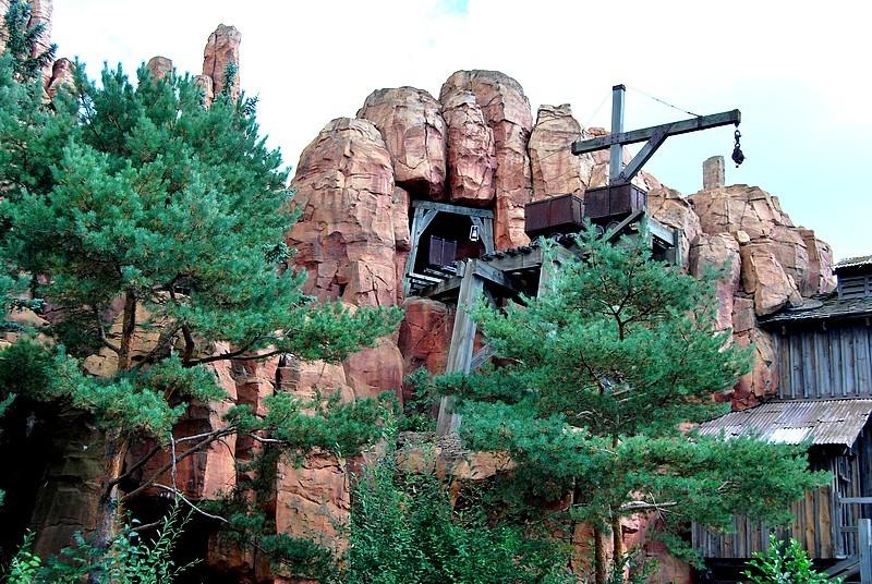 Un séjour plein de surprises à Disneyland Paris (Hotel New York 3j/2n) - Page 12 Disne331
