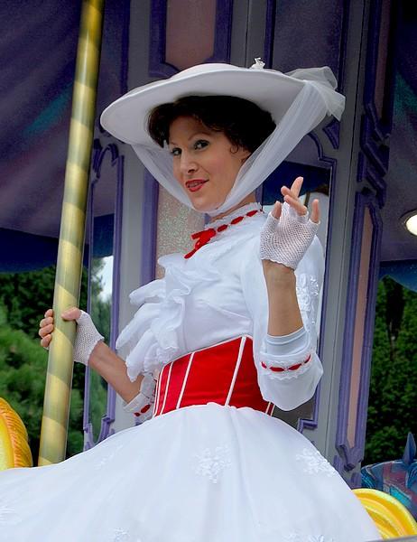 Un séjour plein de surprises à Disneyland Paris (Hotel New York 3j/2n) - Page 12 Disne368