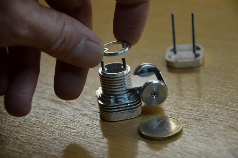 Création d'un faux moteur - Déco pour modèle réduit Dsc_0025