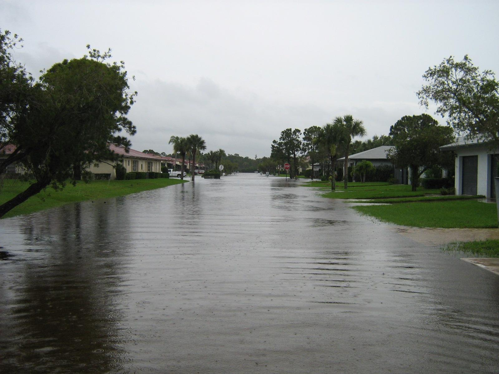 My pictures of the flood caused by Fay Img_0410