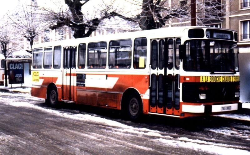 Photos et vidéos des bus d'Ebroïciens Date_e10
