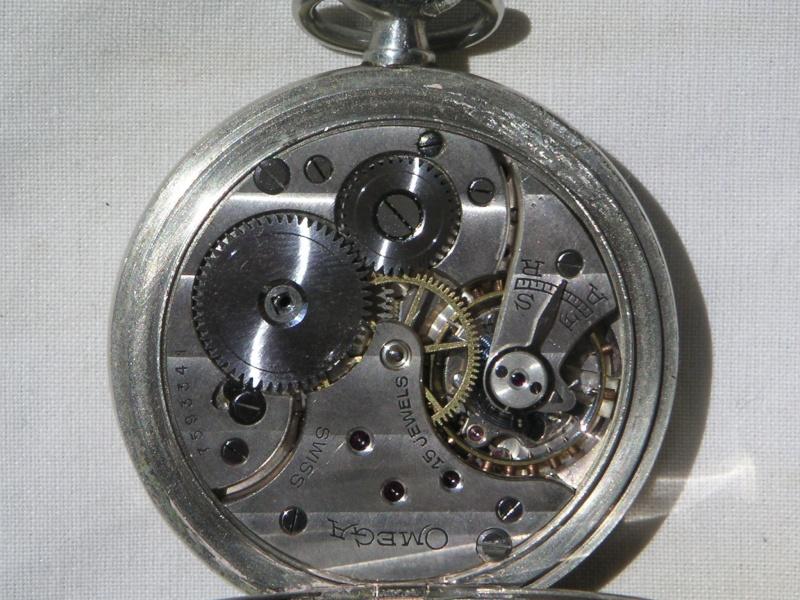 Les plus belles montres de gousset des membres du forum - Page 3 Omega810