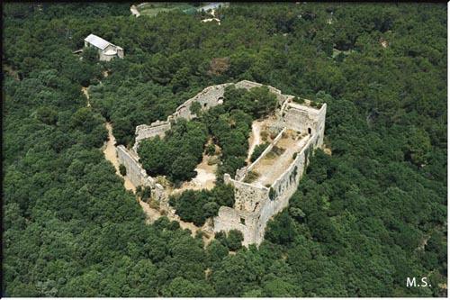 Le Castellas...mais celui d'Uchaux (84) Castel24