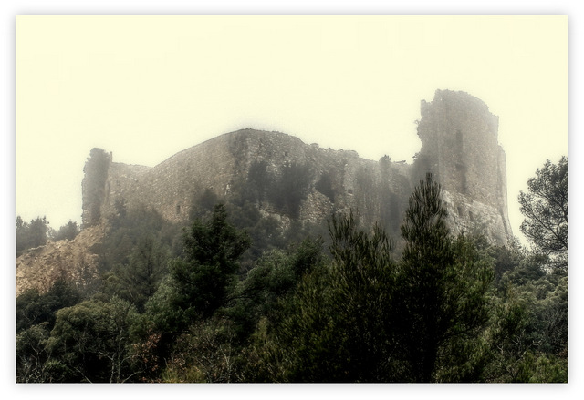 Eboulement partiel du château Untitl10