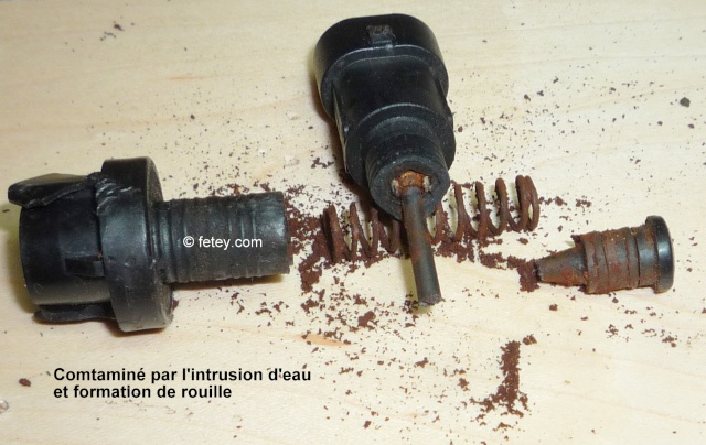 radio cavalier - Cavalier 2003, radio qui ne s'éteint pas P1090610