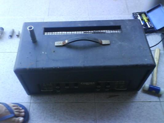 Restauro de um Amplicador farfisa Dsc01223