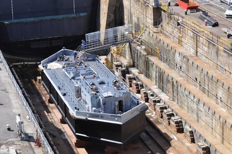 [Les ports militaires de métropole] Port de BREST - Page 5 Dsc_0121