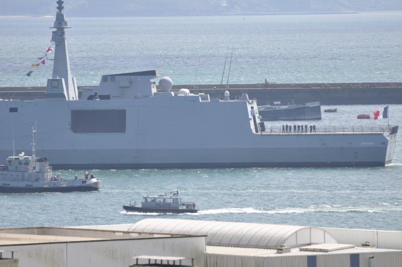 [Les ports militaires de métropole] Port de BREST - TOME 2 - Page 5 Dsc_0123