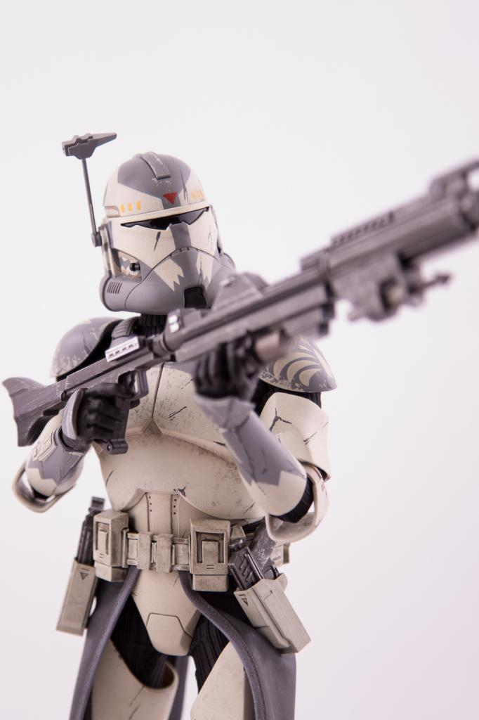 CLONE WARS - COMMANDER WOLFFE - Page 2 Img_0410