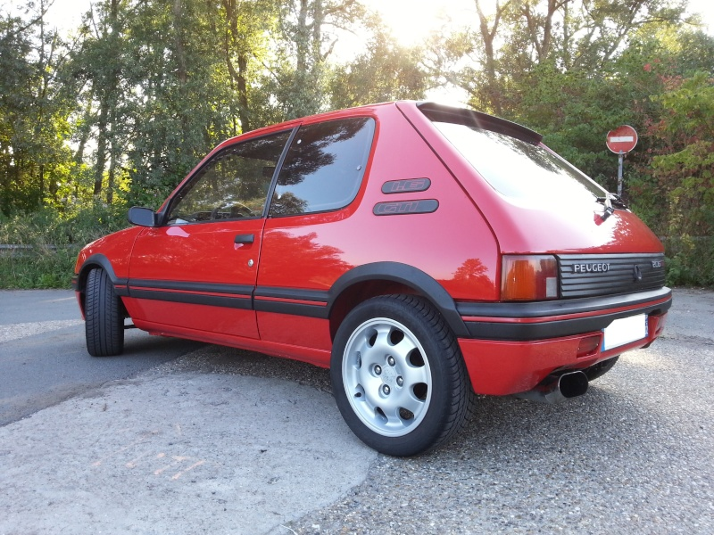 [Matpetit59] 205 GTI 1,6L 115ch rouge vallelunga 1990 - Page 2 2013-015