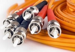 Bouygues Telecom réclame 53 millions d'euros à Numericable Cable10