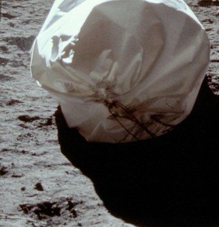 1407 photos inédites d'Apollo 11  As11-410