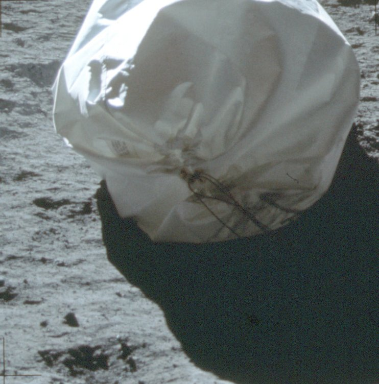 1407 photos inédites d'Apollo 11  As11-411