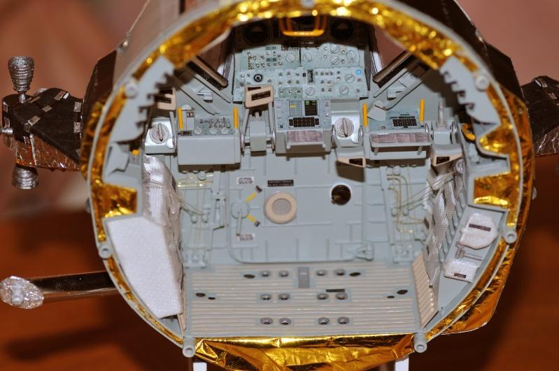 Photo de l'intérieur du LM Aigle, d'Apollo 11 Dsc_2110