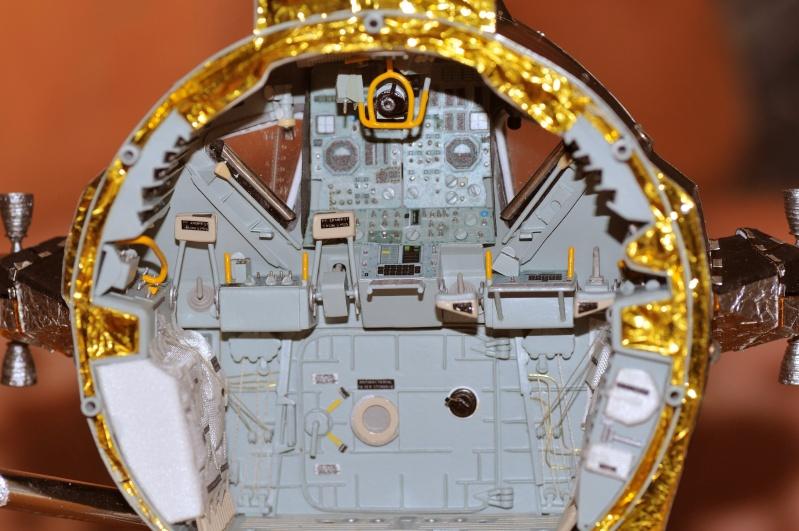 Photo de l'intérieur du LM Aigle, d'Apollo 11 Dsc_2111