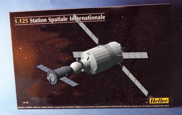 Nouvelle maquette de l'ISS chez Heller Image110