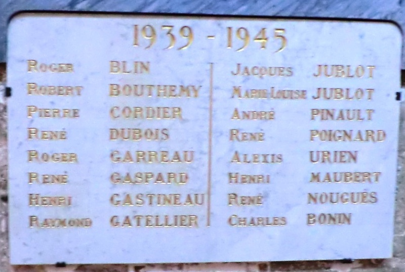 Plaques des combats du 18 Juin 1940 à Jargeau Plaque11