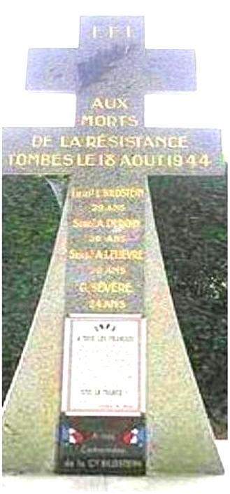 SAINT GONDON - Stèle hommage aux résistants tombés le 18 Août 1944 Resist11