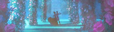 Disney Store Poupées Limited Edition 17'' (depuis 2009) - Page 6 Annaha10
