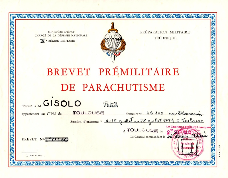 Le brevet prémilitaire parachutiste que 441.000 jeunes françaises et françaises ont mérité. Img01710