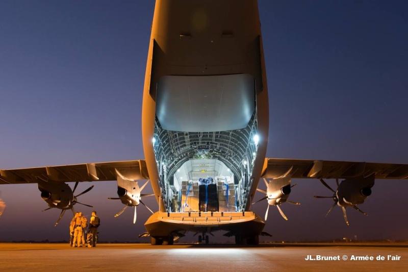 La première mission opérationnelle de l'A400M Photo_12