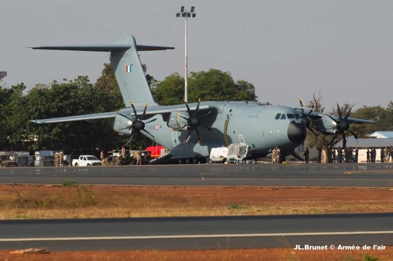 La première mission opérationnelle de l'A400M Photo_19