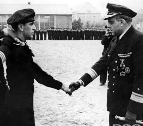 Croiseurs allemands Helmut10