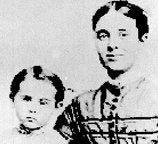 Le 4 décembre 1872.  Le navire-fantôme Mary Celeste vogue sans équipage au milieu de l'Atlantique. Mary-c11