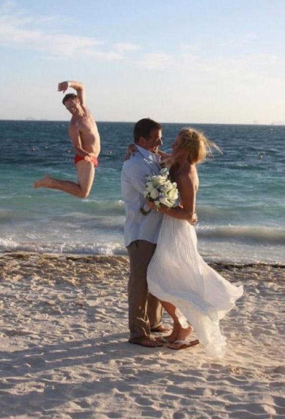 Những đám cưới 'nhớ đời' 0dcf2710