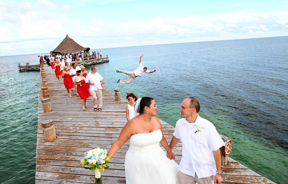 Những đám cưới 'nhớ đời' C7816c10