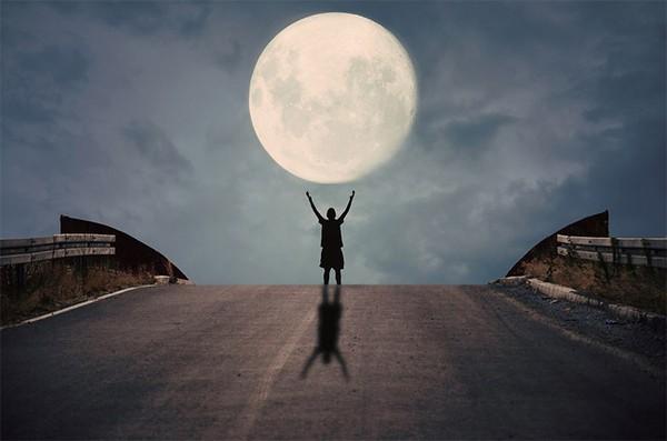 Chùm ảnh chơi đùa cùng trăng Chum-a21