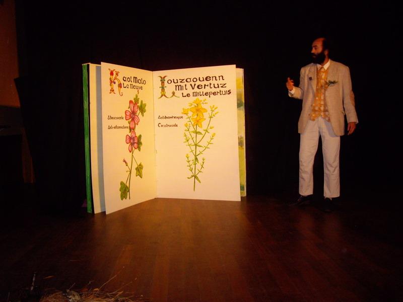 Théâtre en avant-première à Brasparts, vendredi 25 octobre à 20h30 Imgp5213