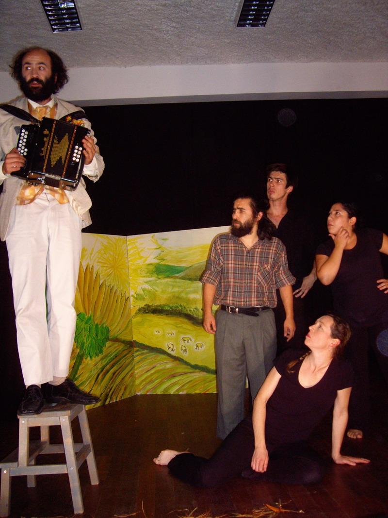 Théâtre en avant-première à Brasparts, vendredi 25 octobre à 20h30 Imgp5215