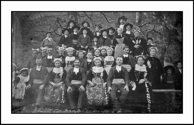 Triple mariage à Saint Rivoal (et Brasparts) en 1913 ... Mariag10