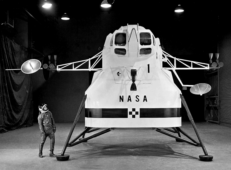 Le module lunaire d'Apollo Le_lm_10