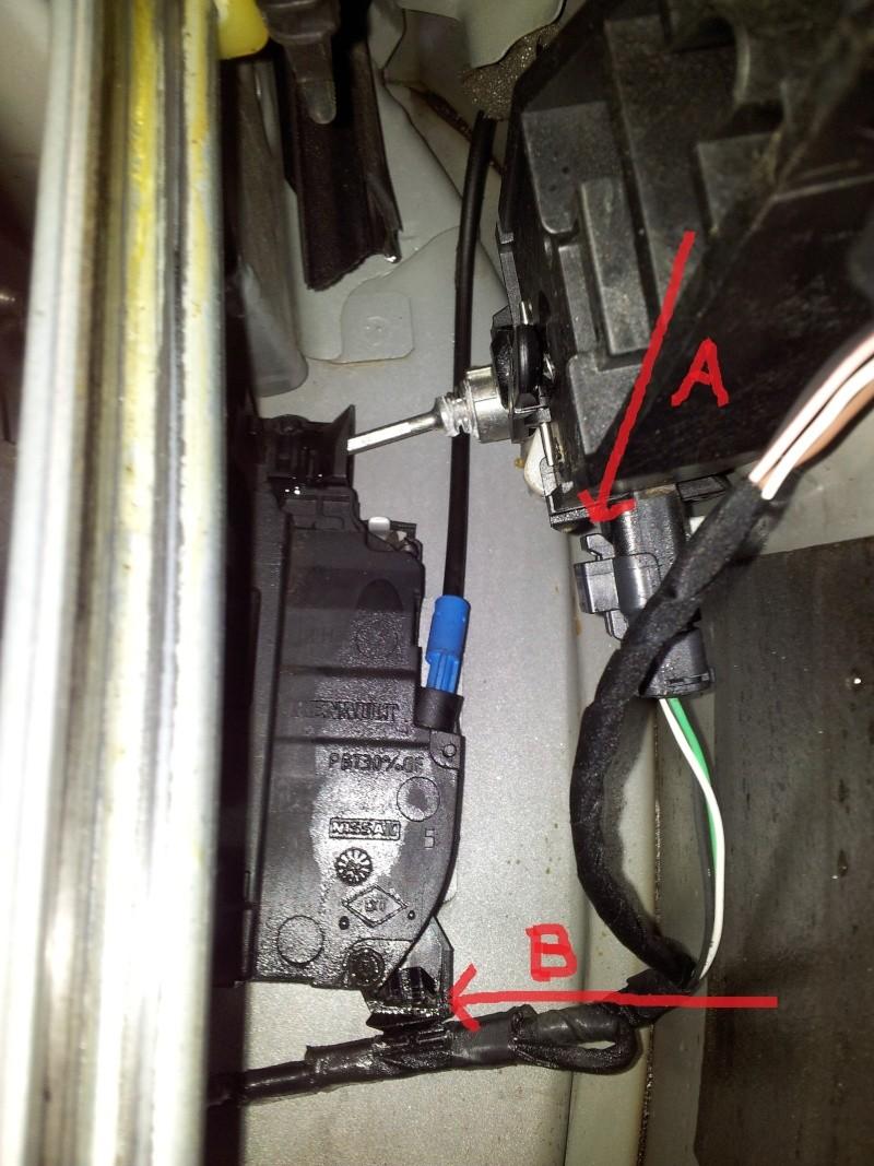 [Tuto] Démontage panneau de porte et remplacement serrure  20131132