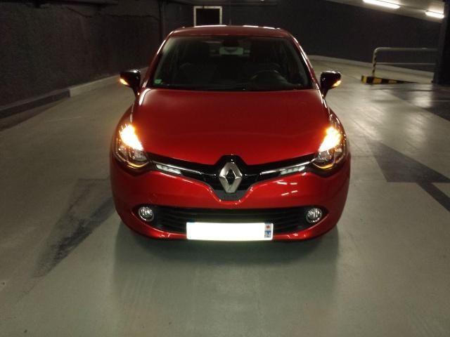 [jblag] Clio IV Rouge flamme dynamique 0.9 tCe 90 20140331