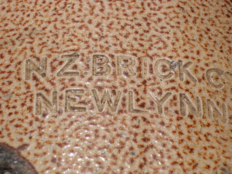 NZ Brick chimney pots C_lynn17