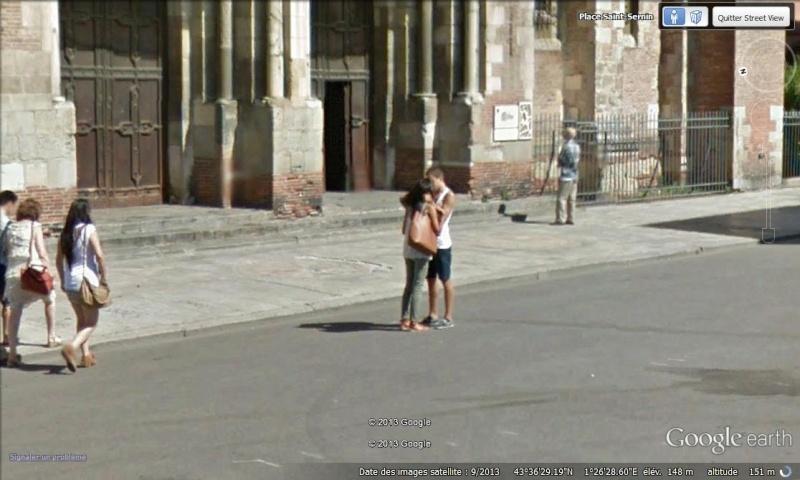 """STREET VIEW : embrassez-vous ... vous êtes photographiés ! (Répliques de la photo """"Le baiser de l'Hôtel de Ville"""" de Robert Doisneau) Bisous10"""
