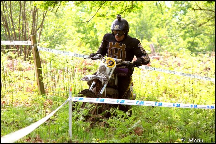 photo de vos moto pour création bannière - Page 7 30175710