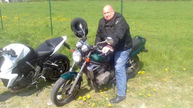 Photos de vous et de votre moto devant ....un château  - Page 6 Dsc_0011