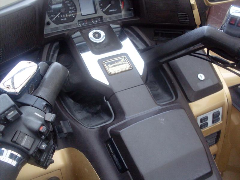 le GL 1500 sidecar du basque Sdc10021
