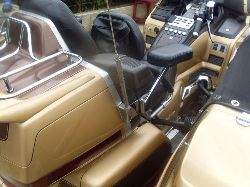 le GL 1500 sidecar du basque Sdc10026