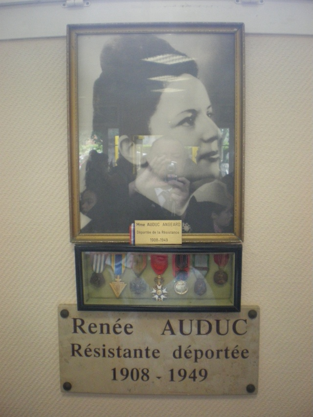 Renéé Auduc , Morte pour la france à 41ans. Imgp2210