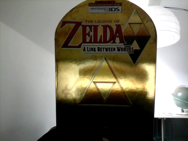 The legend of zelda between worlds collector edition - Page 6 Win_2010