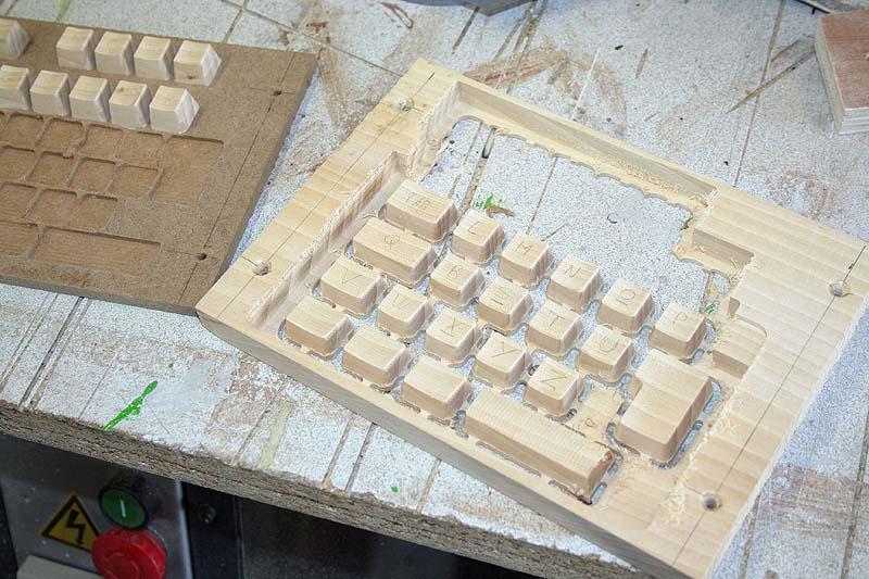 [Usinage CNC] - Claviers en bois Demicl10